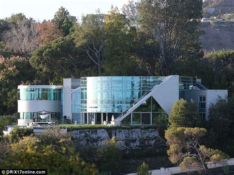 homes justin bieber beverly mansion homes