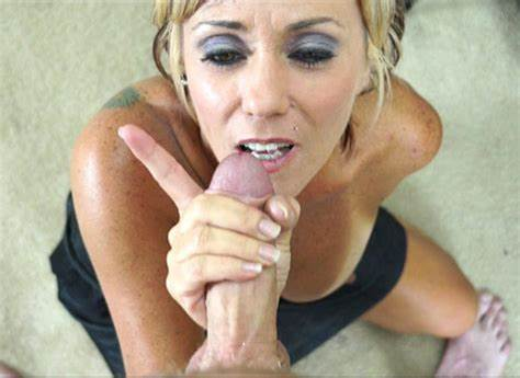 Selfshot Mothers And Salacious Mommy Photos Excited Moms Jacking Off Her Step Son'S Cock In Seductive Porn