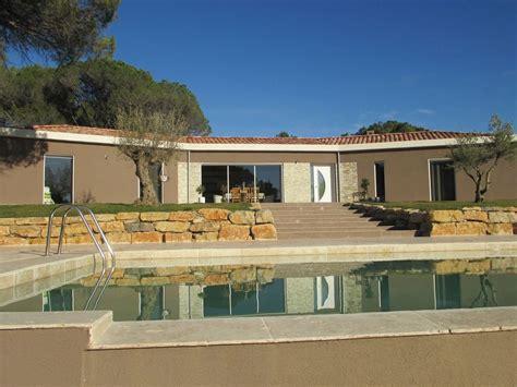 belle villa de luxe moderne piscine contemporaine jardin