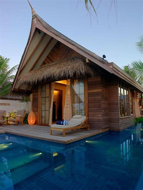 Tiki Hut Resorts - 25 best ideas about tiki hut on rustic