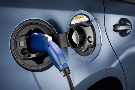 Lade Elettriche by Neues F 246 Rderprogramm Japans Autobauer Bauen Ladestationen