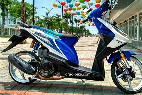 Foto Modifikasi Beat New by Modifikasi Honda Beat Fi Hitam Velg 14 Automotivegarage Org