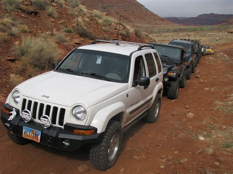 lowered jeep liberty 100 lowered jeep liberty 2013 may dartlist eight