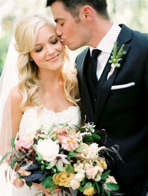 destination vail wedding  girl weddings