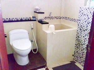 Bak mandi dirumahmu bocor dan kamu bingung bagaimana cara memperbaikinya? Cara Praktis Mengatasi dan Menambal Bak Mandi Keramik yang Bocor   Kumpulan Cara Praktis