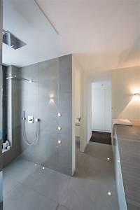 Badezimmer Tattoos Fliesen : der neue trend f r das badezimmer betonoptik badezimmer ideen bathroom ideas pinterest ~ Markanthonyermac.com Haus und Dekorationen