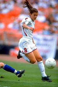 mia hamm, soccer, player, playing, football