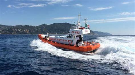 capitaneria di porto imperia arriva cp882 la nuova motovedetta della capitaneria di