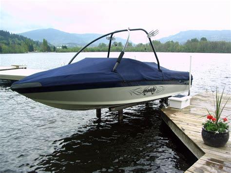 sunstream boat lifts sunlift  original freestanding hydraulic boat lift