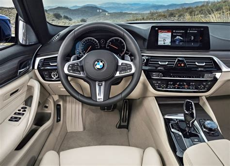 bmw  interior images  computer  car preview