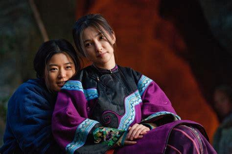 fiore di neve e il ventaglio segreto storie di laotong ne il ventaglio segreto