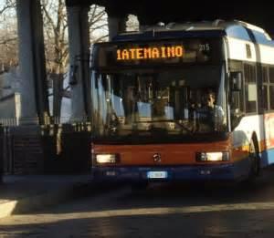 pavia mezzi pubblici autobus tutto l anno a 13 per gli universitari ucus