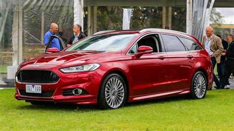 The 2015 Ford Mondeo Wagon Looks Awesome