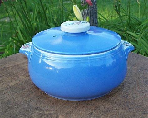 parade casserole dish with lid from