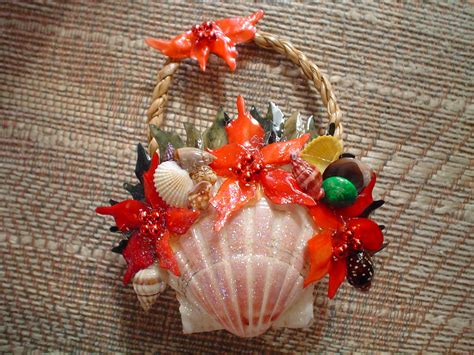 13 best photos of christmas ornaments made with shells