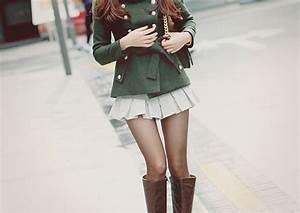 Fashion girl pretty style thin - image #284450 on Favim.com