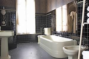 Meuble Salle De Bain Retro : salle de bains retro salle de bain rtro carrelage meubles et dcoration en photos with salle de ~ Teatrodelosmanantiales.com Idées de Décoration