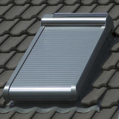 Volet Roulant Solaire Velux 114x118 Volet Roulant Solaire Pegasus Pour Velux S06 114x118 Cm Castorama