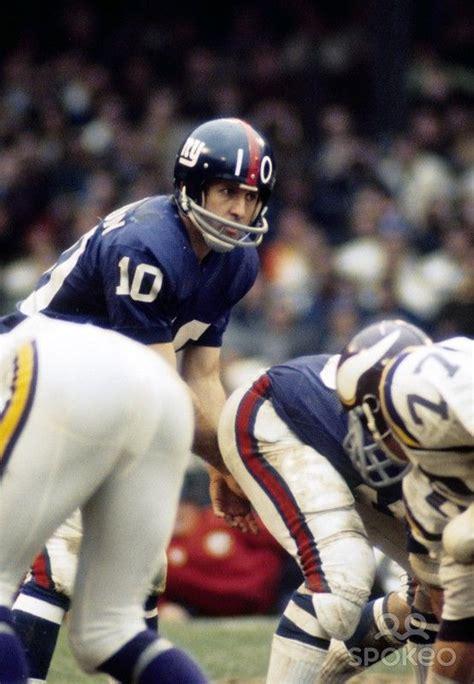 New York Giants quarterback Fran Tarkenton (10) | New york ...