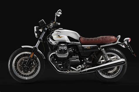 Moto Guzzi V7 Iii 2017 by 2017 Moto Guzzi V7 Iii Anniversario Classic Bike Review