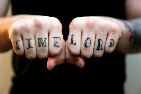 knuckle tattoos  men