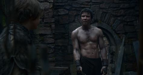 auscaps joe dempsie shirtless in game of thrones 2 05 the ghost of harrenhal