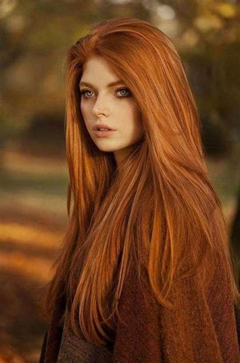 45 The Most Beautiful and Elegant Hairstyles for Curly