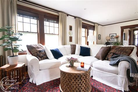 As you can see, white and beige are the most popular colors when it comes to beach home coffee tables. On Trend: Round Coffee Tables   Round coffee table, White sectional, Coffee table