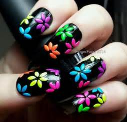 Top flower nail art designs