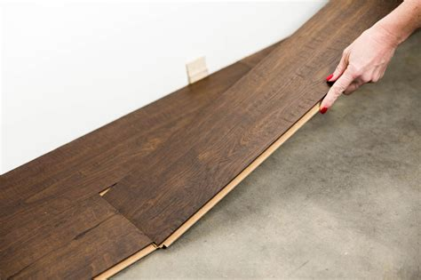 guide to laying laminate flooring how to install a laminate floor how tos diy