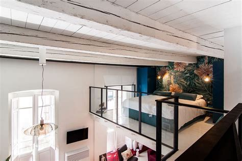 Space Savvy Italian Home Delights with a Nifty Mezzanine
