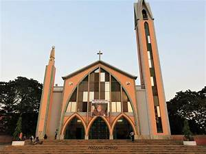 Igreja Da Nossa Senhora De F U00e1tima Em Luanda Assaltada E