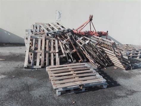 pedane di legno pedane gruppo corale in legno mdf coro posot class