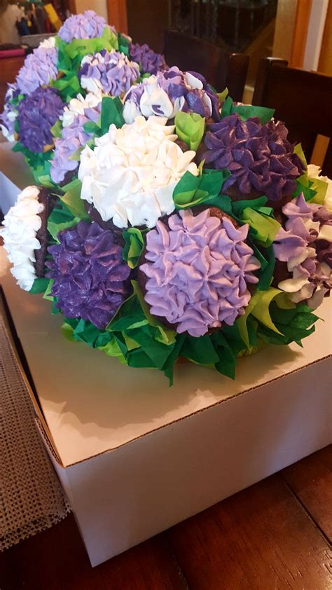 cupcake bouquet    transport  cakecentralcom