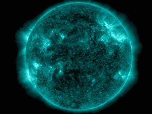 The Strongest Solar Storm In 7 Years Is Pounding Earth ...