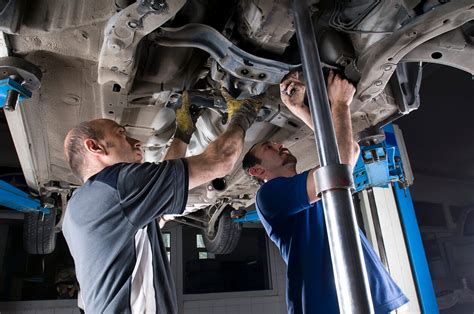 The Future Of The Auto Mechanic Is... Clean