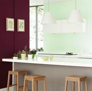 Salon Vert D Eau : une cuisine en vert amande et prune ~ Zukunftsfamilie.com Idées de Décoration