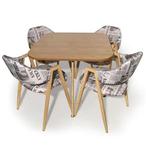Table Et Chaises Scandinaves Avenue Tissu Journal Achat