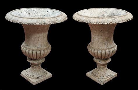 vasi pietra coppia di antichi vasi in pietra epoca 1700