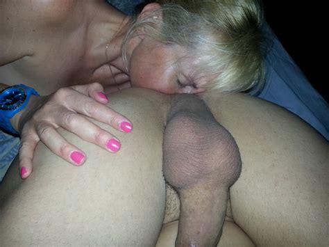 smelling her ass jpg 3264x2448