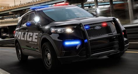 ford police interceptor utility revealed previews