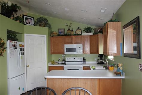 paint colors for kitchen cabinets and walls best kitchen colors with oak cabinets all about house design