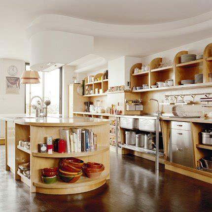 cuisine inox bois une cuisine en inox et bois