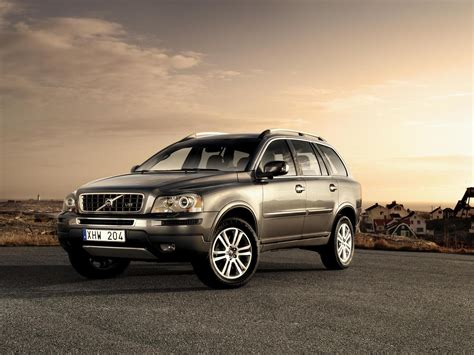 volvo xc rated top safety pick  iihs top speed