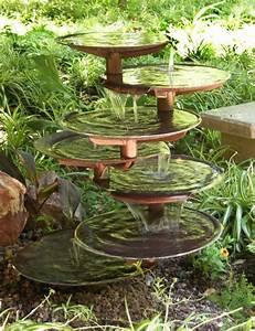 une fontaine de jardin design quelques idees en photos With fontaine de jardin moderne 4 sculpture contemporaine et autres idees de deco du jardin
