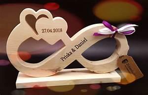 Geschenke Für Hochzeit : das geschenk ewiger liebe hochzeitsgeschenke aus holz ~ A.2002-acura-tl-radio.info Haus und Dekorationen