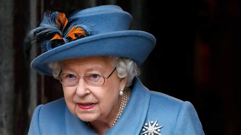 Queen Elizabeth Spent Her Birthday Like So Many of Us: Video Chatting | Vogue