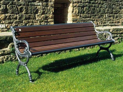 panchine da giardino in ferro 104 panchina con braccioli per parchi e