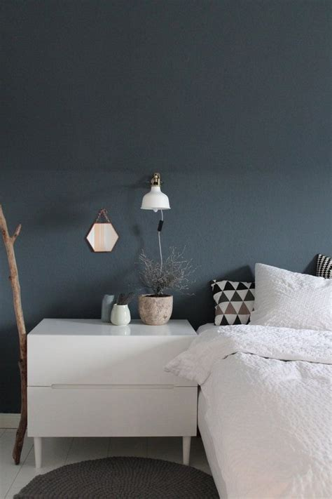 graue wand schlafzimmer schlafzimmer blau graue wand our future home a m wandfarbe schlafzimmer graue w 228 nde