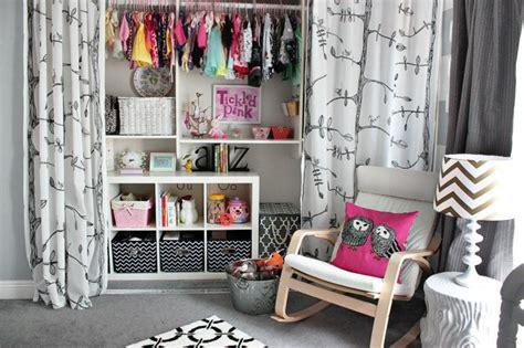 dressing chambre enfant dressing avec rideau 25 propositions pratiques et jolies